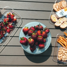 The Perfect Summer Picnic and Wine Pairing